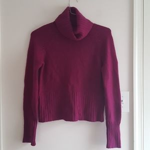 100% Cashmere Sweater in Raspberry